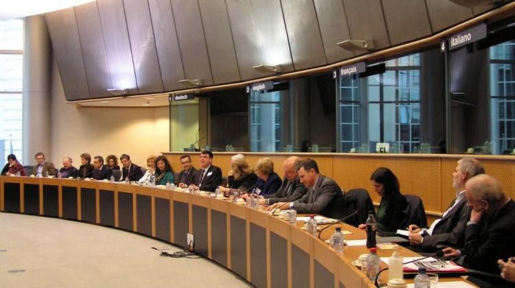 Jean-Benoit au parlement Europeen a bruxelles3