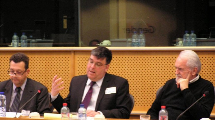Jean-Benoit au parlement Europeen a bruxelles5