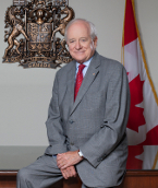 Yves Fortier. Source: Gouv. canadien