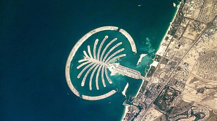 L'archipel artificiel de Palm Jumeirah, à Dubaï. ©NASA