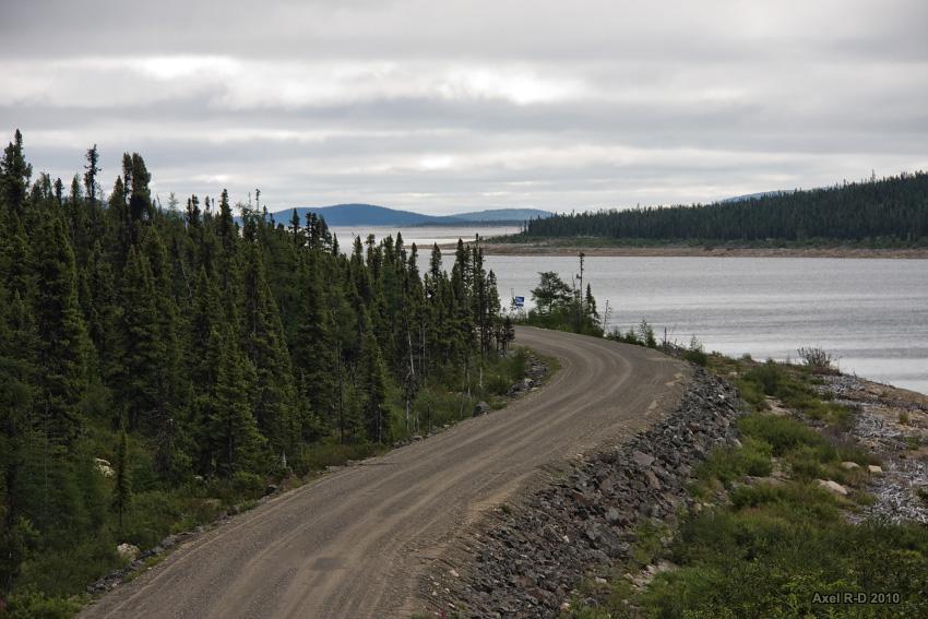 La route Transtaïga, au réservoir de Caniapiscau. Photo: Alex Drainville / CC2.0
