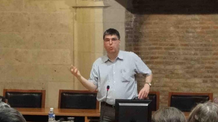 Conférence de Jean-Benoît Nadeau à Bourges, organisée par l'Association Berri-Québec.
