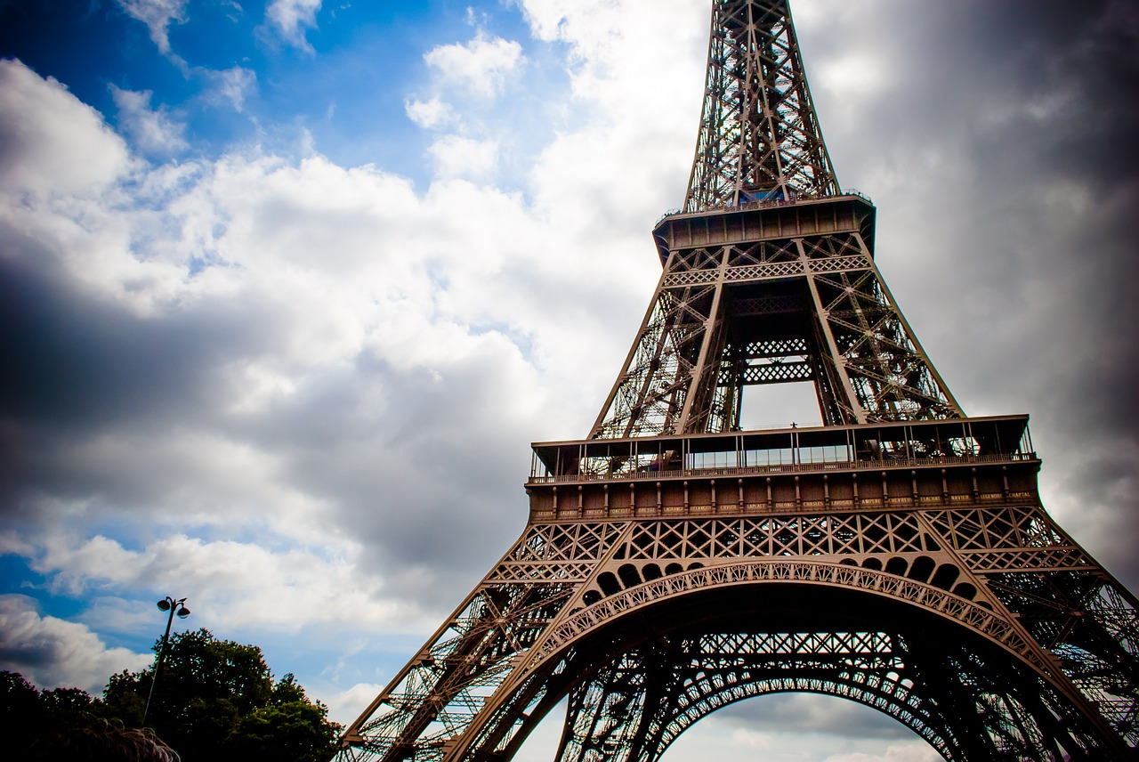 eiffel-tower-975002_1280